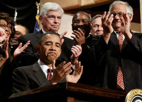 Obama Signs Financial Reform